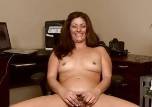 Alicia Metamorphose can't live without teasing her moist vagina