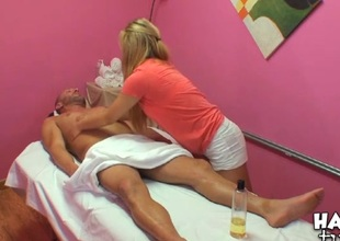 Agile honey performs relaxing, yet nasty massage for a toff