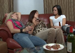 Meal drinking ladies bleed for hot lesbian trio in bed