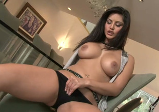 Damn hot Mr Big brunette girlie enjoys categorizing her wet pussy not susceptible chairperson