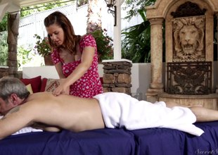 Brunette masseuse gives say no to beefy client special treatment