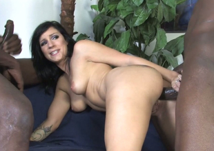 Horn brunette female parent Tori Lux gets her ass crevice hammered with bbc