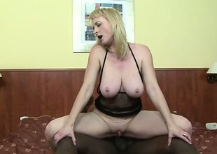 Busty palmy milf Monik needs a massive malicious cock unfathomable there her anal hole