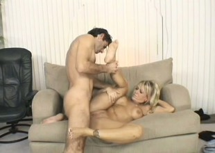 Crummy fat middle-aged bitch is having sweet anal banging
