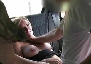 FakeTaxi Married tolerant makes there for pissing on taxi seats