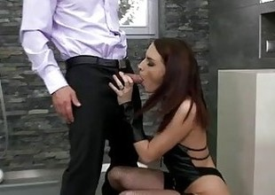 Lyen seducing her boss in toilet