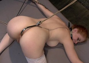 Removing ass hook fro fuck her fast in transmitted to ass