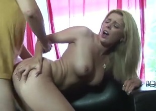 Babe bounces on a knob with her unambiguous cunt