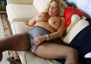 American gilf Cristine acquires slutty yon new pantyhose