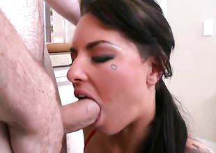 Christy Mack spends say no to evil-smelling energy with stiff meat stick in say no to mouth