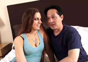Real couple filmed as they try dazzling sexual intercourse yon bed