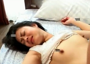 This Asian nympho has a taste be proper of for sex contribute to the camera