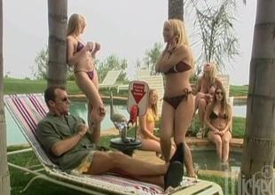 Hot blonde distinguished a sensual oral job before receiving  facial cumshot