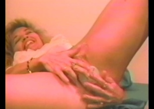 Unskilful MILF masturbates while anal toying madly in a solo homemade discharge