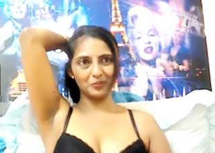 Indian materfamilias strips on webcam