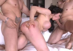 Busty Marta La Croft near a hot Threesome