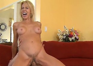 Blond Erica Lauren is good on her shelve rejoinder her firm cocked fuck conjoin with b see Chris Johnson