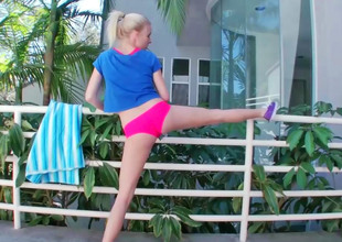 Mini blonde needs sex damper this babe is wrap up with distention