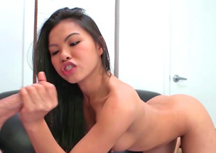 Great with bated breath Asian girl is in the freshen to drag inflate