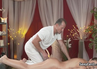 Horny ebon brown seduces masseur