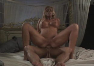 Bimbo relating to gorgeous feet gets her botheration pounded far to the tripe