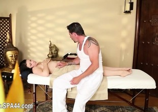 Excellent massage room at hand amazing angels