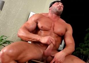 Hot naked convocation builder jerks off his jock