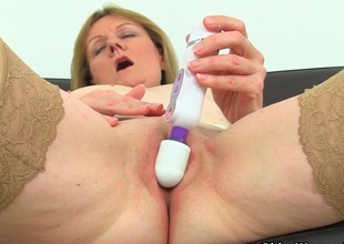 British milf Clare Plummy strips off and enjoys her vibrator