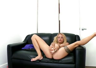 Pygmy tits blonde is sucking a dildo